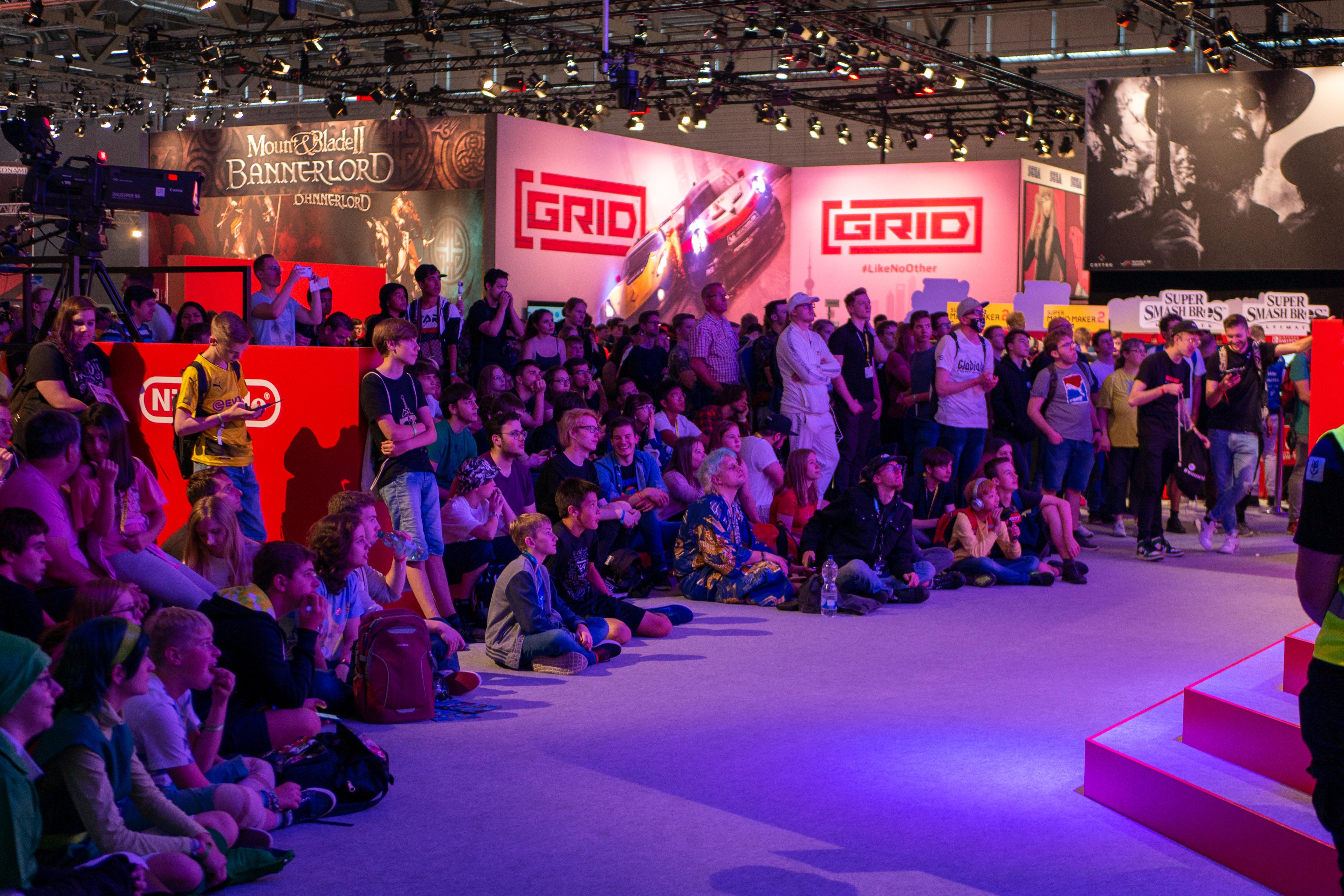 Discussie: Geen gamescom: blind de nieuwe generatie in | Pixel Vault