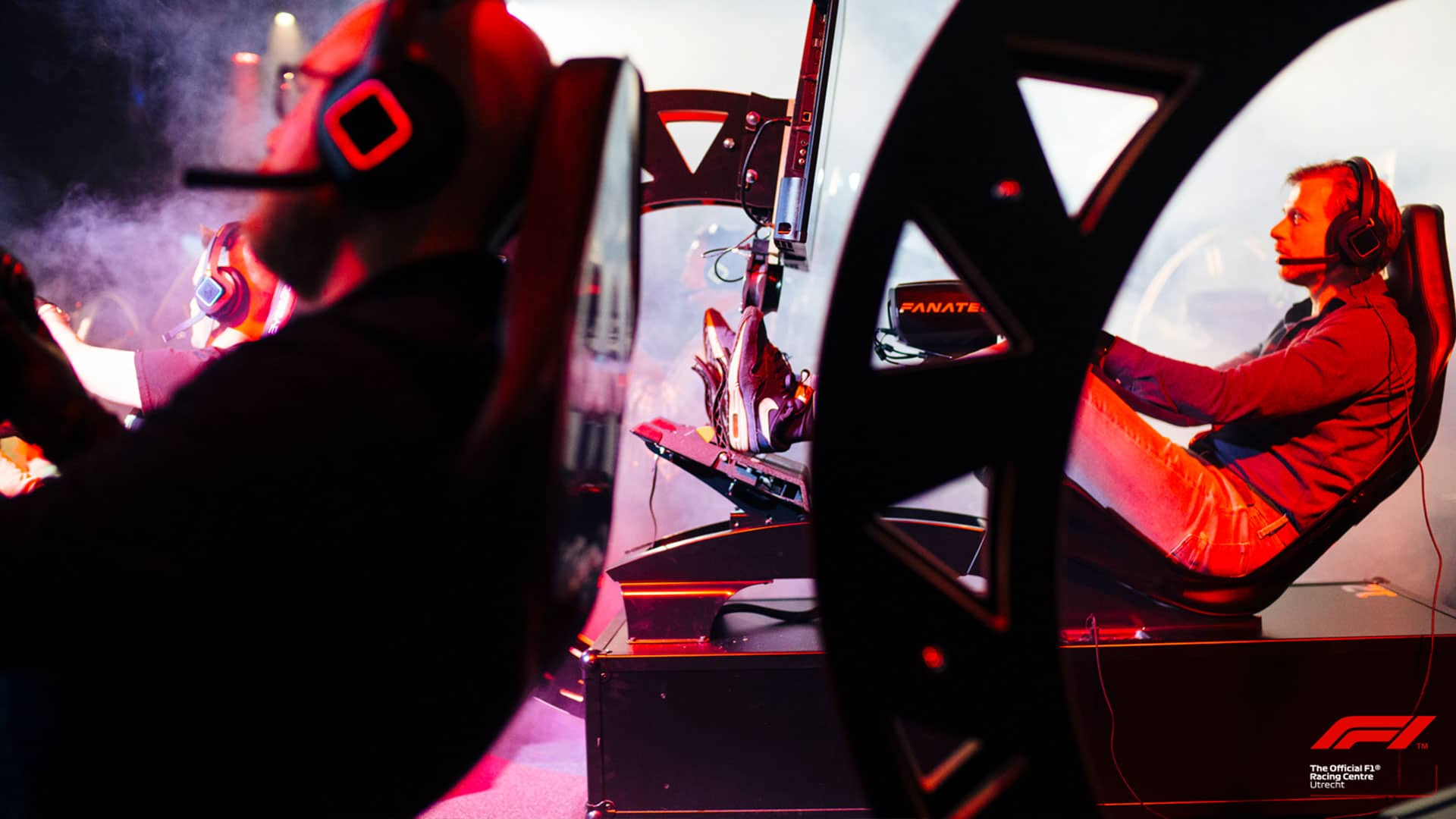 Op bezoek bij het Official F1 Racing Centre | Pixel Vault