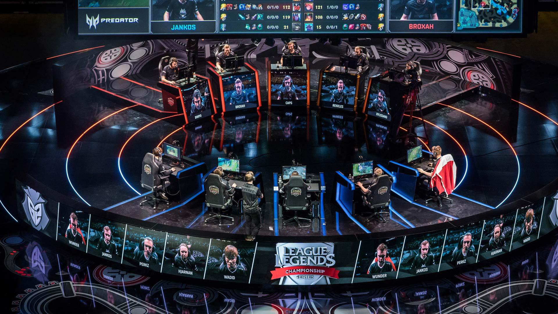 League of Legends LEC | Pixel Vault